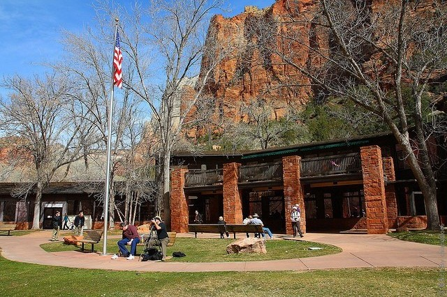 Zion-Lodge-16