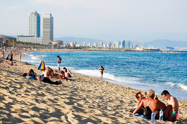 barceloneta-beach-1