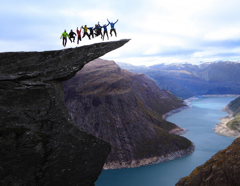 Скала Язык Тролля (Норвегия). Фото / Trolltunga. Photo
