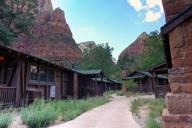 Zion-Lodge-08