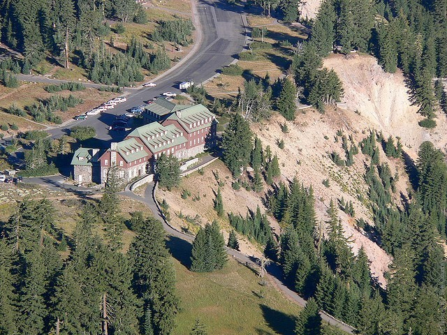 Crater-Lake-Lodge-01