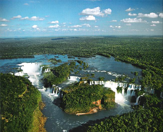 Амазонка - самая необычная река на планете