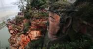 Гигантская статуя Будды в Китае