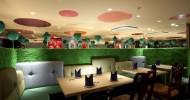 """Японский ресторан в стиле """"Алиса в стране чудес (16 фото)"""