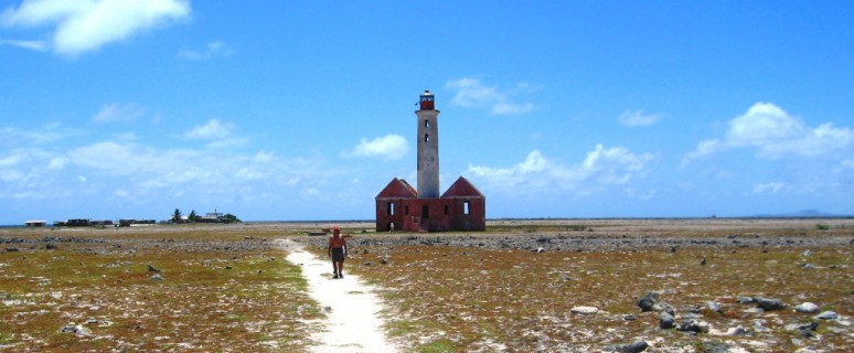 Light_house_at_Klein_Curaçao