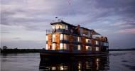 Плавучий отель Aqua Expeditions на Амазонке.
