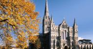 Солсберийский собор в Англии — ФОТО.