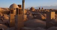 Древние глиняные постройки