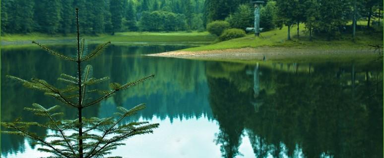 Синевир — самое красивое озеро Украинских Карпат