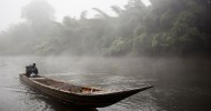 Мутная река Квай в Таиланде