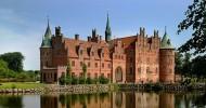 Замок Эгесков (Egeskov), Дания — ФОТО