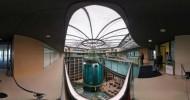 Огромный аквариум в гостинице Берлина