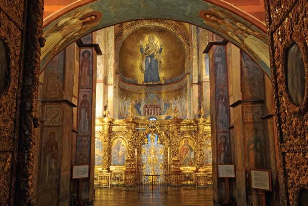 Внутри Софийского собора в Киеве