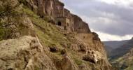 Удивительный пещерный город Грузии – Вардзия