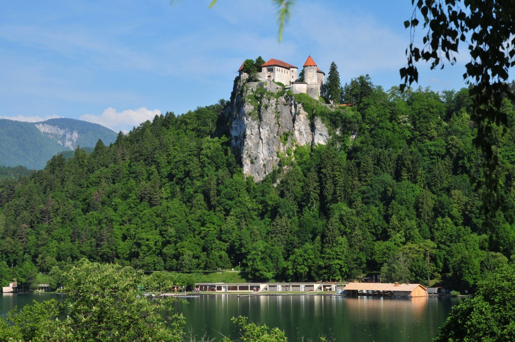 Замок Блед на скале. Словения