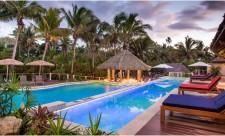 Vahavu New Adult's Only Pool (1)
