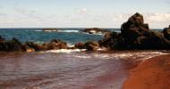 Красный пляж Каихалулу, Гавайи