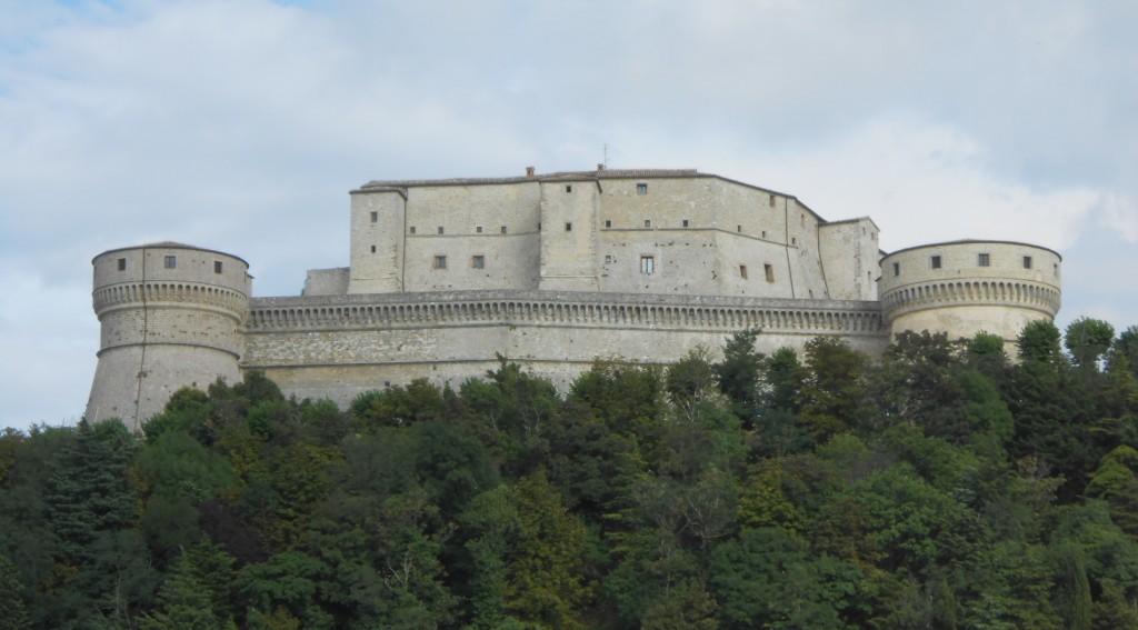 Крепость Сан-Лео - Эмилия-Романья, Италия