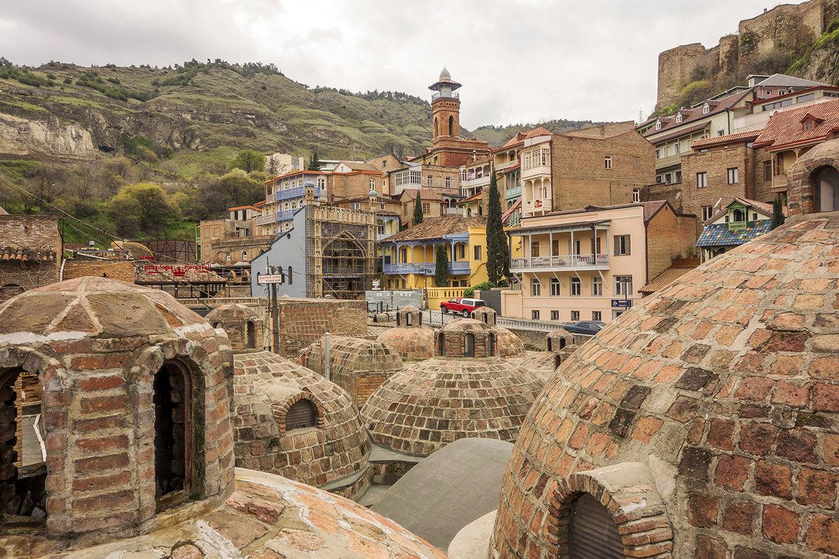 Серные бани старого Тбилиси