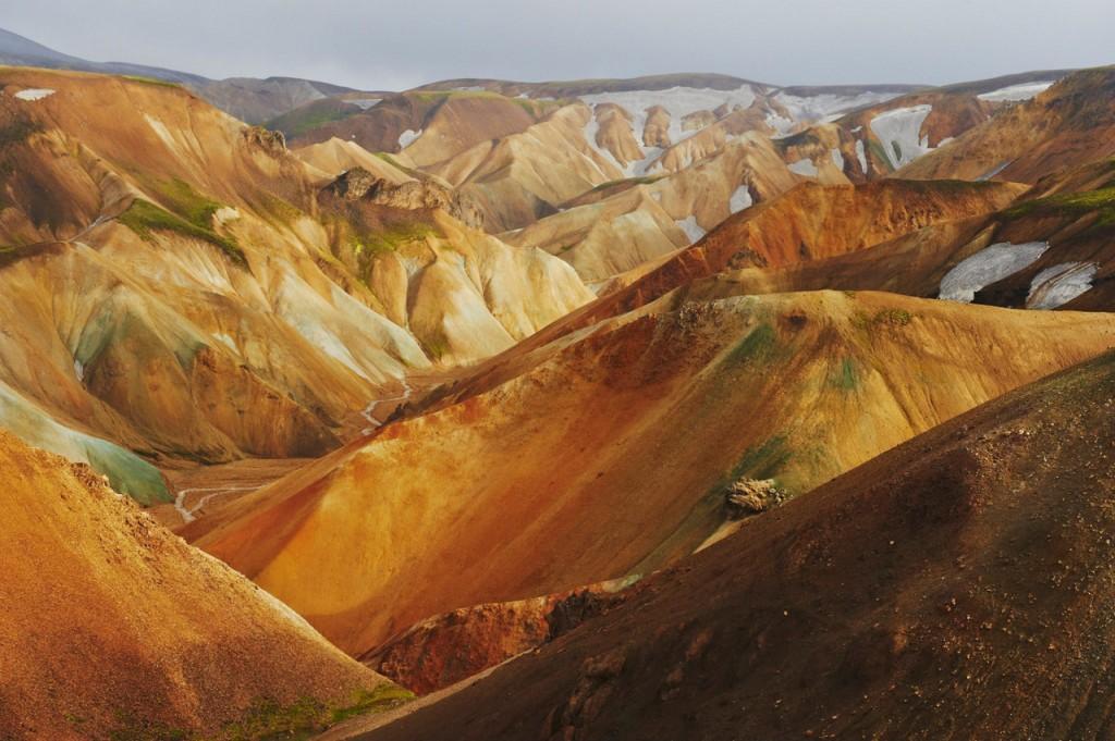 Национальный парк Ландманналаугар. Радужные горы в суровой стране