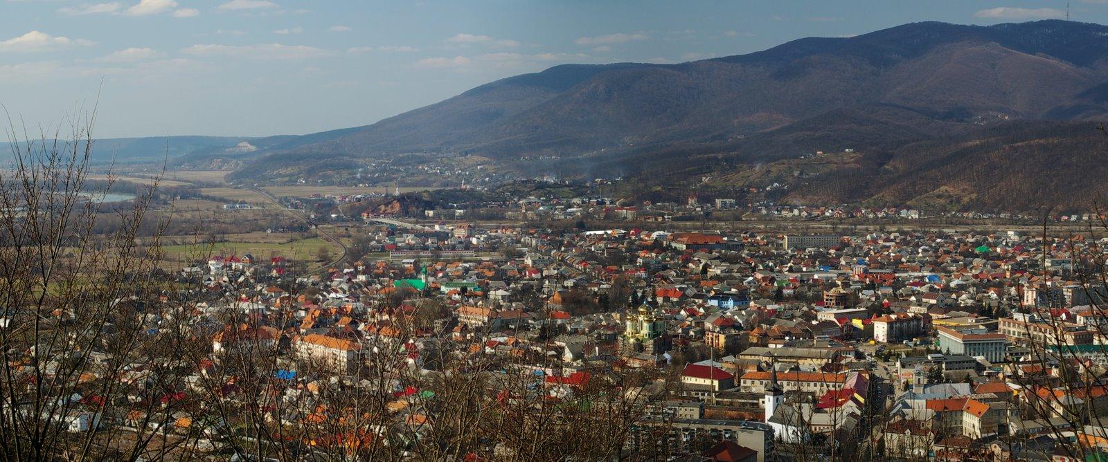 Ужгород — областной центр Закарпатской области