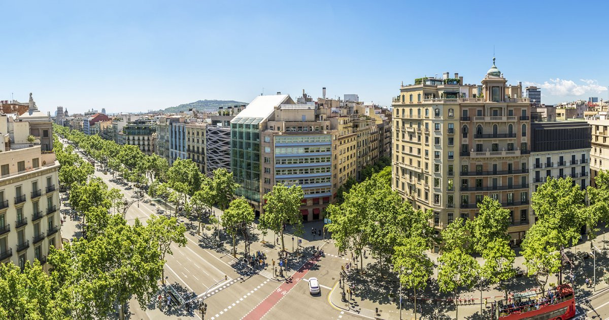 Бульвар Грасия в Барселоне (Испания)